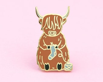 Scottish Highland Cow Knitting Pin   cow lapel pin, highland cow pin, knitting pin, knit pin, yarn lapel pin