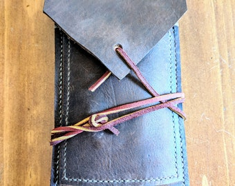 Dark Oil Tanned Leather Cigar case.