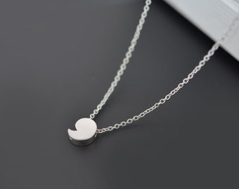 Tiny necklace, Comma necklace, Pendant Necklace, Silver necklace, Mother necklace, Graduate gift, Christmas gift, tmj00068
