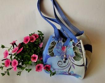 Silk bag with floral design