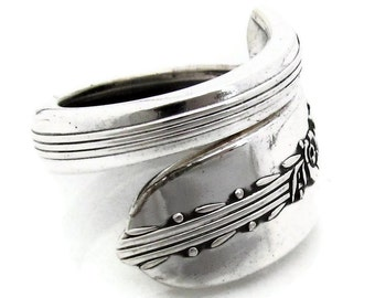 Silver Spoon Ring Royal Rose Silverware pattern form 1939 Wrapped