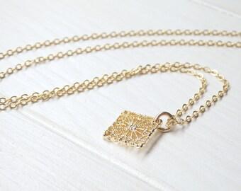 Gold Floral Diamant Form Halskette - minimalistischen Stil