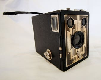Vintage Six-20 Brownie Camera With Box Made By Kodak USA