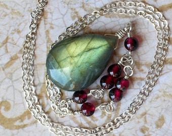 "Labradorite Necklace, Labradorite Jewelry, Labradorite Pendant, Garnet, Sterling Silver, Green, Red, CircesHouse, ""Rowan"""