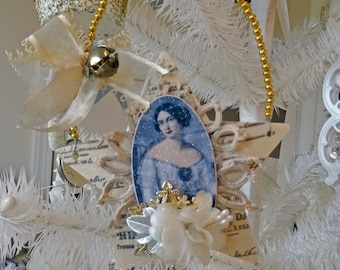 mixed media Christmas ornament  - vintage - star - NO516