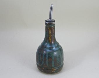 Oil dispenser  , Ceramic oil bottle, Olive oil bottle, vinegar dispenser, olive oil dispenser