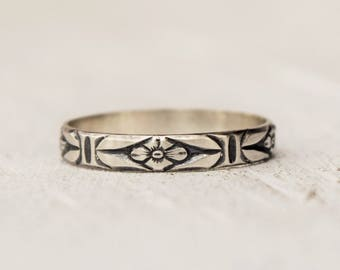 Silver Floral Ring, Sterling Silver Band, Toe Ring, Thumb Ring, Feminine Jewelry, Bohemian Jewelry, Midi Ring, Simple, Mothers Day GIft