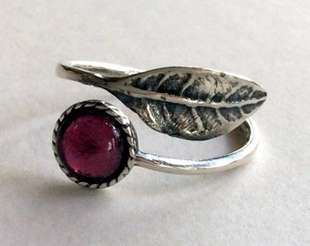 Garnet ring, bohemian ring, leaf ring, silver ring, twig ring, stone ring, midi ring, branch ring, nature ring - Gone with the wind R2062