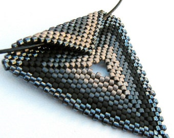 Dramatic Monochrome Triangle Peyote Pendant on Black Cable Choker (2237) - A Sand Fibers Made-to-Order Creation