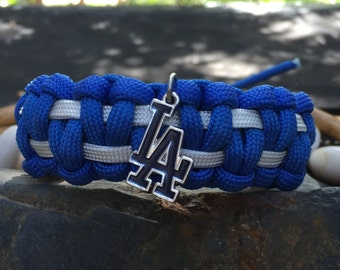 Los Angeles Dodgers Paracord Bracelet, Los Angeles Dodgers charmed, with a stainless steel silver metal buckle, 2 choices