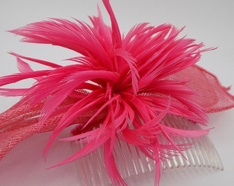 Hair comb, fuchsia pink feather hair jewelry