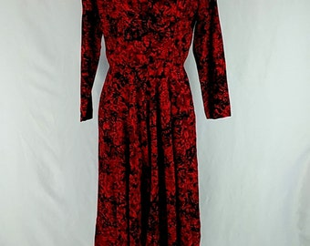 Saks Fifth Avenue Vintage LS Dress Button Back Red Black Sz 10 Made in USA Union Label