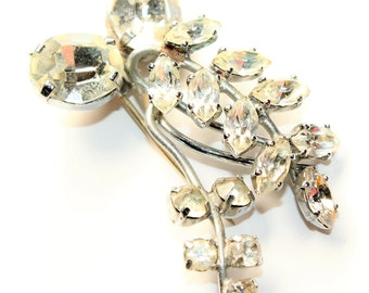 Sparkly Rhinestone Diamante Leaves Silver Coloured Vintage Brooch (c1950s) - no clasp