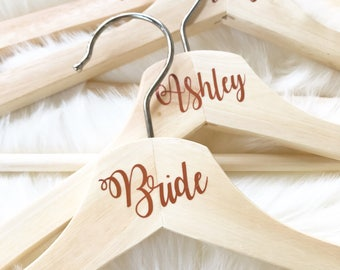 Personalized Hangers, Bridal Party Gifts, Groomsmen Gifts, Wedding Day, Wedding Hangers, Wooden Hangers, Wedding Hangers, Vinyl Hangers