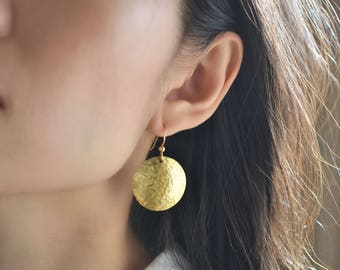 Hammered Gold Disc Earrings, 14KT Gold Fill, Large Gold Circle Earrings
