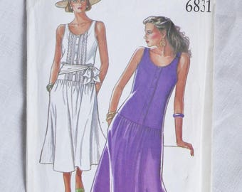 Vintage sundress pattern, New Look 6831, 1980s, sizes 8 to 18