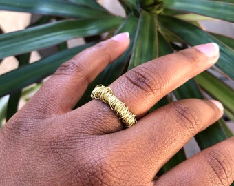 DAINTY RING 2.0 [SIZE 8]