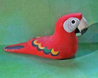 Gloria a Dios Ceramic Scarlet Macaw Figurine from Costa Rica