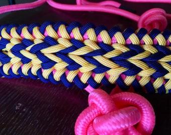 Custom arrow rope halter