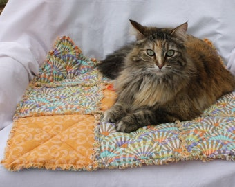 Accessories for Pets, Bedding for Pets, Cat Blankets, Fabric Pet Blanket, Handmade Pet Blanket, Washable Pet Blanket, Pet Bedding, Cat Bed