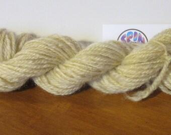 Thanks - Natural white handspun wool yarn *HSN1030