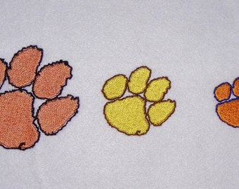 Tiger Paw Print Machine Embroidery Design Pattern 2 Colors 3 Sizes for a 4 Inch Hoop PES, dst, pcs, hus, vip, jef, exp Formats