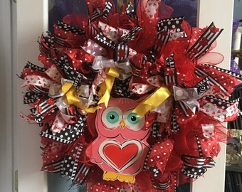 Hoot Owl Valentine Wreath