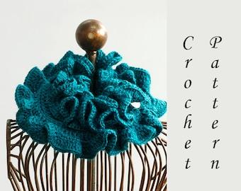 Boho Ruffle Scarf Crochet Pattern, Instant Download, Ruffle Cowl  PDF Pattern, Neck Warmer Pattern