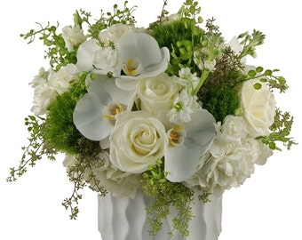 Elegance. Fresh Flowers. LOCAL DELIVERY to: 33160, 33180, 33162, 33179, 33154, 33004, 33009, 33019, 33020, 33021