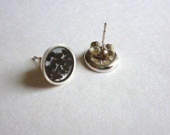 Tea Silver and Resin stud earrings