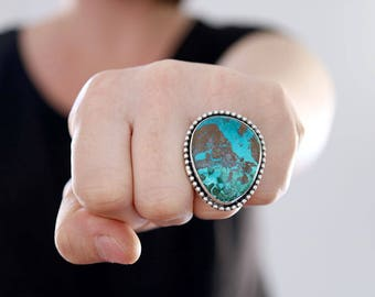 Azurite ring. Sterling silver ring with Azurite cabochon. Azurite ring, star ring, natural azurite ring, statement ring, blue azurite ring.