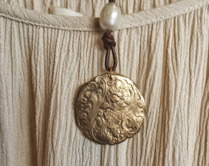 Bronze Medallion with Fresh Water Pearl