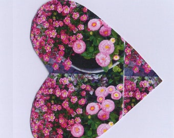 Mother's Day, Flower heart, small KlappkarteDINA6, with pink envelope