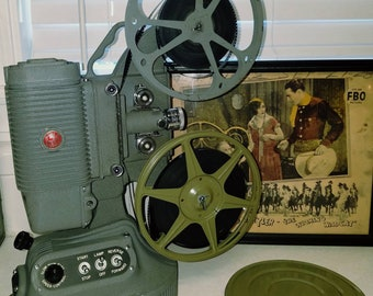 Fantastic Working Vintage 8 MM Projector DeJur 1000 Mid Century Home Theater