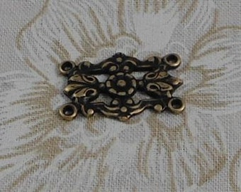LuxeOrnaments Oxidized Brass Filigree Art Nouveau Floral 4 Ring Connector (1 pc) G-5807-B-B