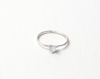 Luna Moonstone Solitaire Sterling Silver: June Birthstone, Anniversary Engagement Ring, Unique Wedding Ring, Moonstone, Rainbow Moonstone