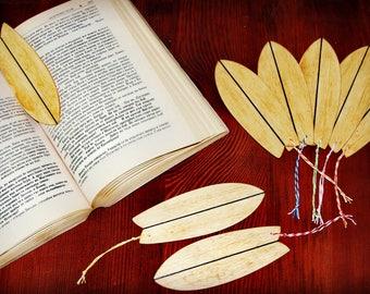 Handmade surfshaped book separator