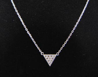 Womens 14K White Gold & Diamond Necklace Pendant 2.8g E3523