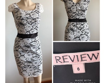 Review Vintage White Lace Pencil Dress Size 6