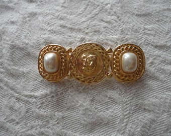 Vintage Liz Claiborne Gold Toned Brooch with Large faux Pearls