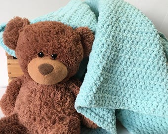 Baby boy girl mint green blue handmade crochet blanket, soft cuddly crocheted chunky baby blanket, gender neutral baby shower gift blanket