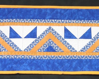 Blue, yellow and white table runner