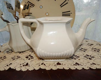 Vintage Ironstone Farmhouse Country White Tea Pot