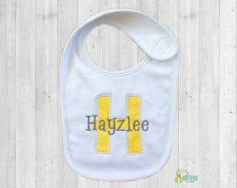 Monogrammed Baby Bib, Personalized Bib, Appliqué Bib, Baby Feeding, Baby Shower Gift, Cotton Baby Bib, Gender Neutral Baby Gift