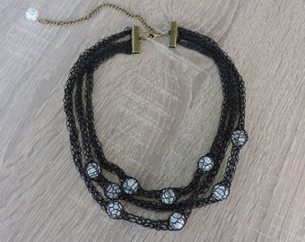 Knitting with Crackle Glass Bead Necklace