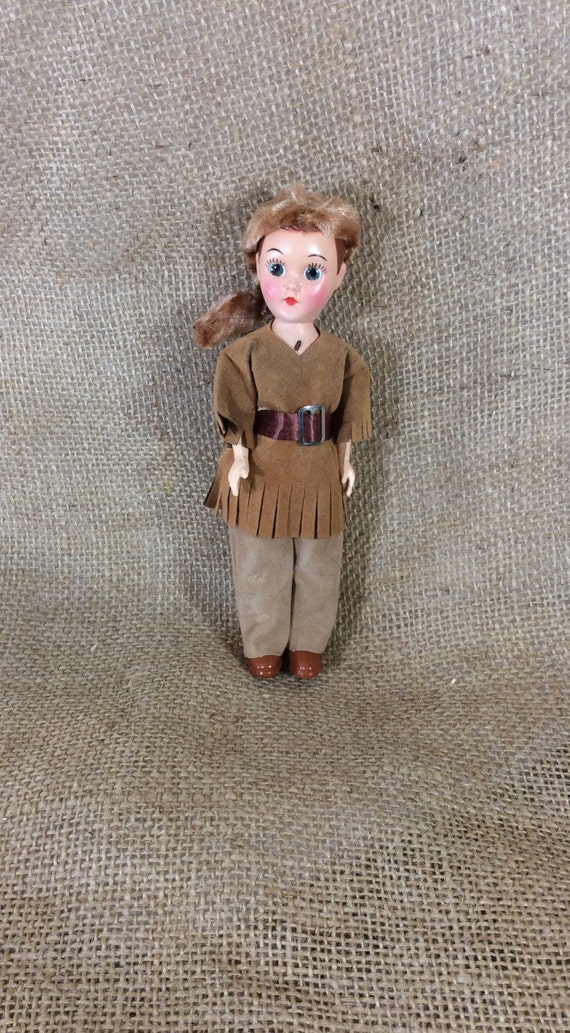 Cute little Davy Crockett, Daniel Boone looking doll, mid century doll, hard plastic small doll, doll collectors, western looking doll