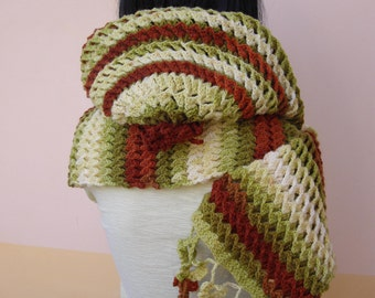 "Fancy ""3d Stitch"" Crochet Scarf With Hood"