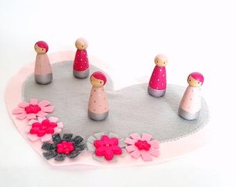 Pink and gray peg doll set, Girl peg dolls, Pink dolls, Pocket doll, Creative play, Pretend play, Girl gift, Christmas gift, Heart dolls