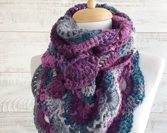 Purple scarf, knit scarf, triangle knit scarf, women scarf, triangle knit scarf  FAST DELIVERY