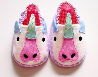 Unicorn Baby Shoes, Unicorn Baby Booties, Elastic Baby Booties, Fabric Baby Shoes, Prewalker Booties, Newborn Infant Booties, Unicorn 06